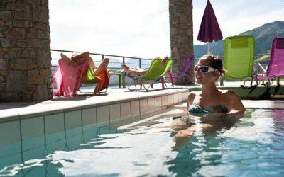 Jets hydromassants, jacuzzi ou banquettes à bulles… à 2 pas de l'Hôtel !